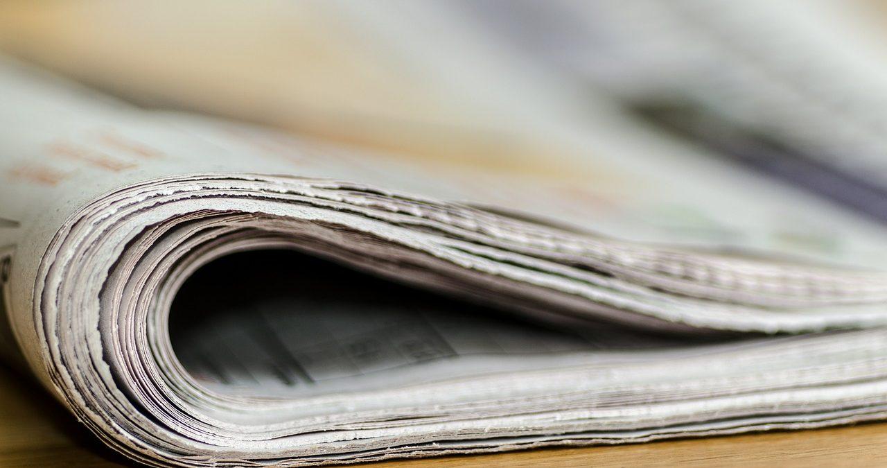 Periódico doblado