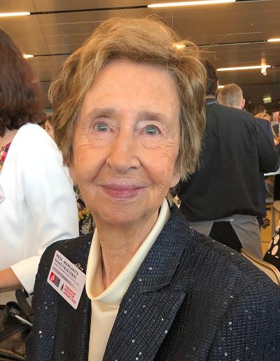 Margarita Salas en la entrega de premios.