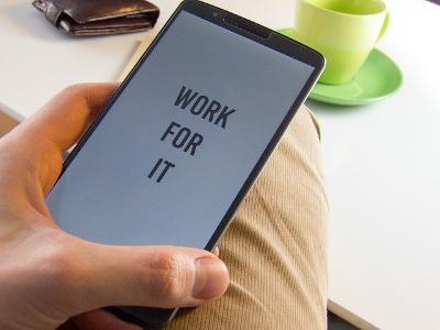Mensaje motivador en el teléfono.